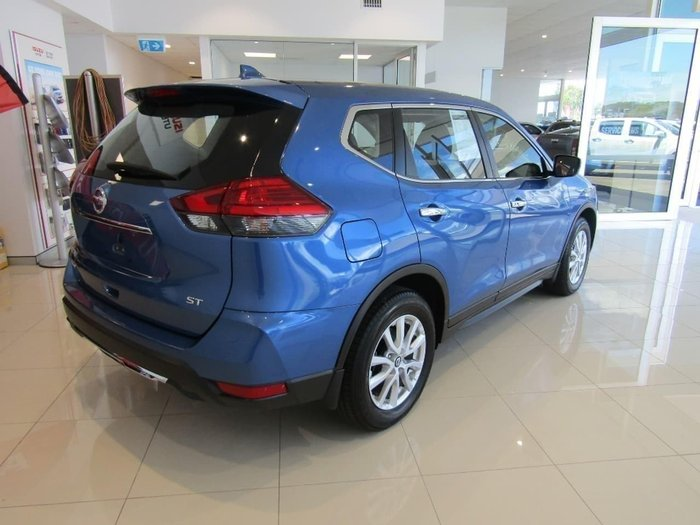 2017 Nissan X-Trail ST T32 Blue