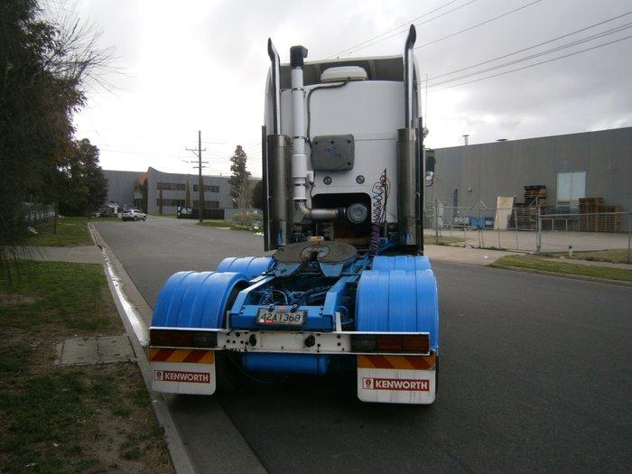 2008 Kenworth K108 ( new crate engine )