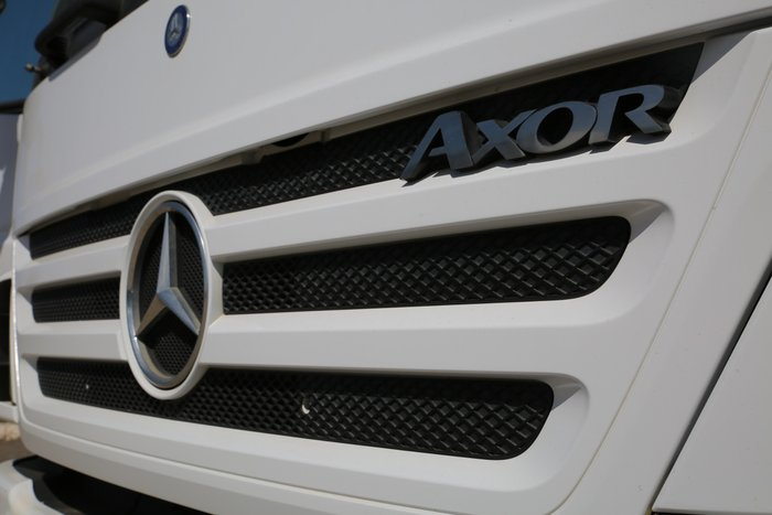 2005 Mercedes Benz 2633 Axor SELLING AS IS WHITE