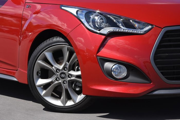 2016 HYUNDAI VELOSTER SR Turbo FS4 Series II Red