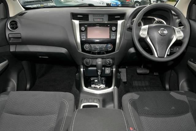 2018 NISSAN NAVARA ST DUAL CAB D23 S3 COSMIC BLACK