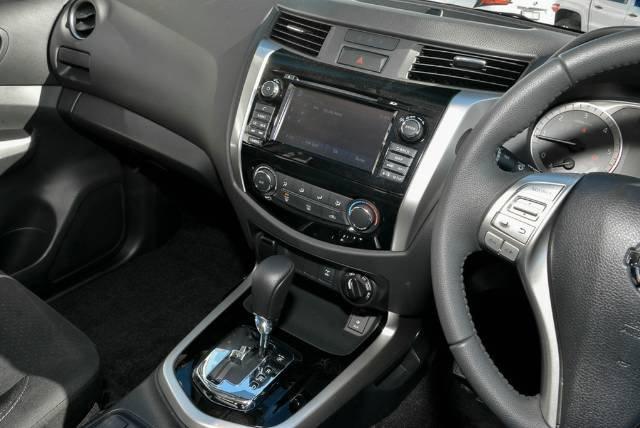 2018 NISSAN NAVARA ST DUAL CAB D23 S3 BRILLIANT SILVER