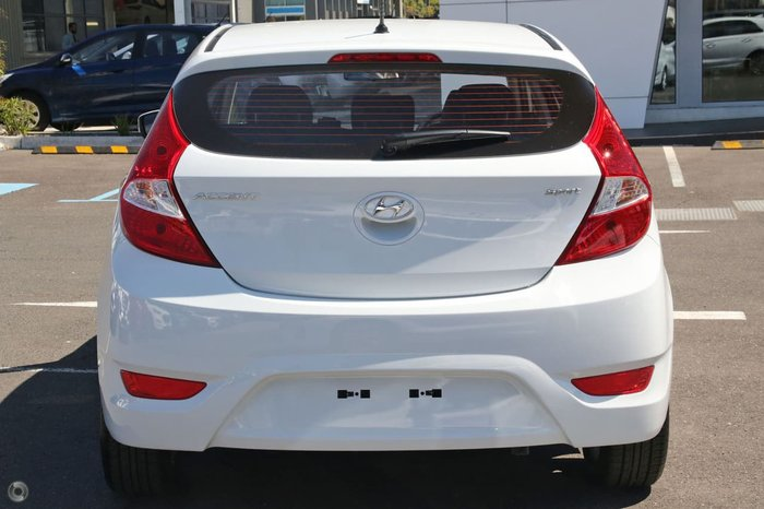 2018 HYUNDAI ACCENT Sport RB6 White