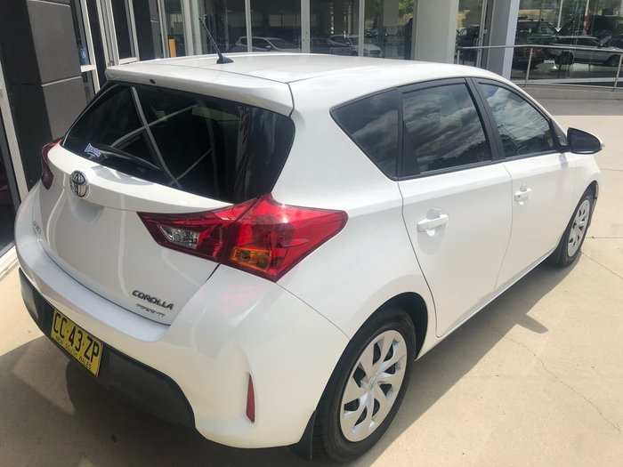 2015 Toyota Corolla ASCENT ZRE182R White