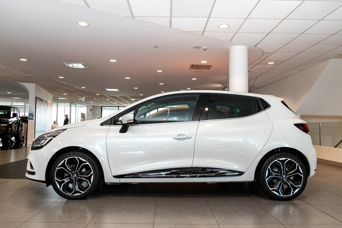 2019 Renault Clio Intens IV B98 Phase 2 Frost White - Metallic
