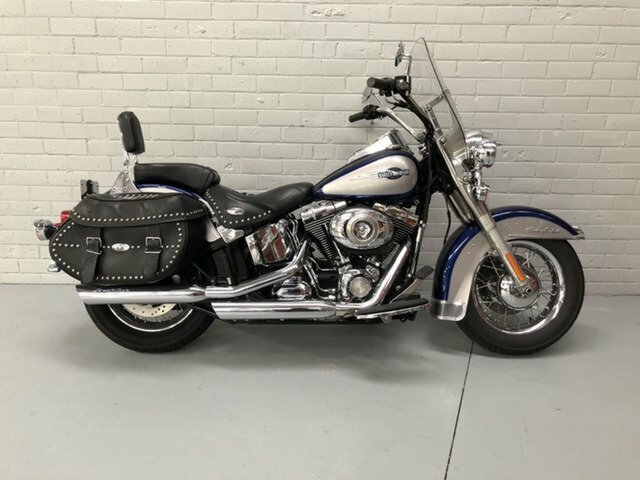 2006 HARLEY-DAVIDSON FLSTC HERITAGE SOFTAIL CLASSIC SILVER