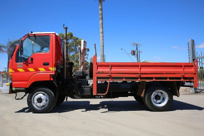 2004 Isuzu NPS300 LOW KILOMETRES RED