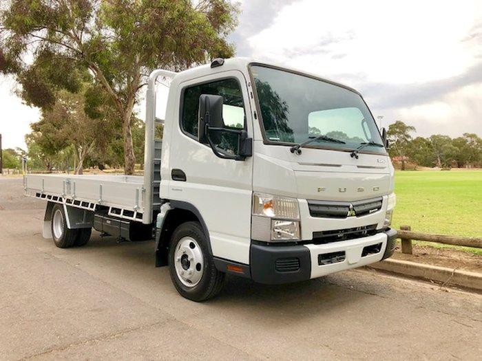 2018 FUSO CANTER 515 MWB AMT READY TO GO & CAR LICENCE null null White