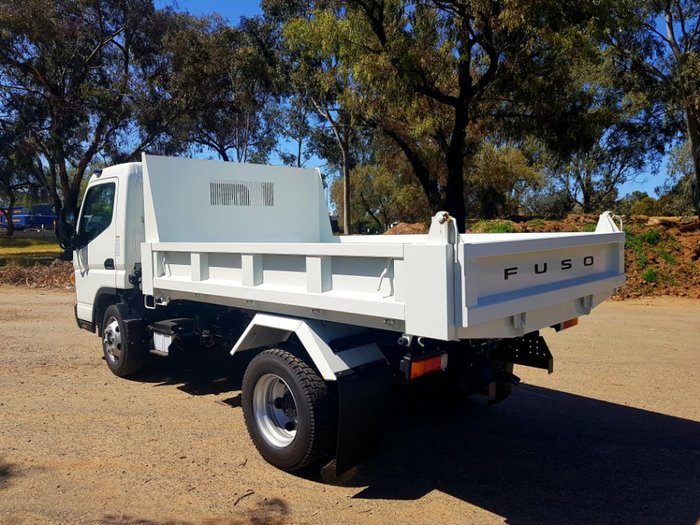 2018 FUSO CANTER 815 WIDE DUONIC 4.3T TIPPER READY TO GO null null white