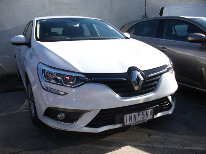 2017 Renault Megane Life BFB White