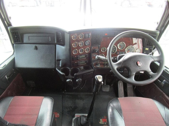 2013 Kenworth T909