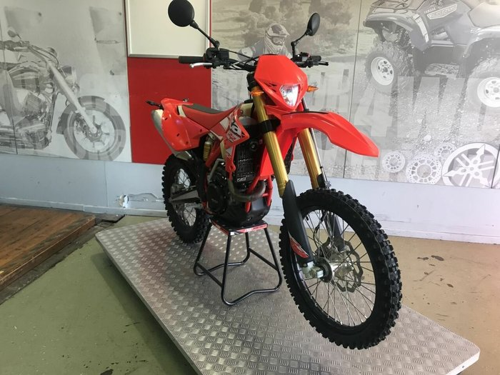 2015 BETA RR480 RED