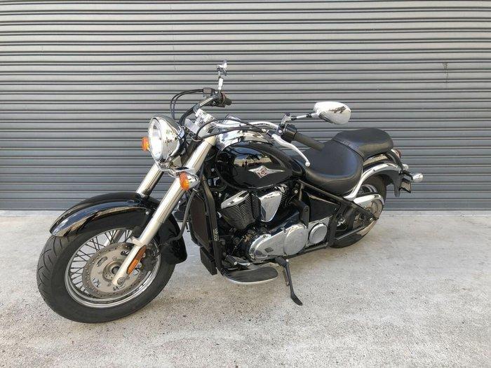 2011 Kawasaki VULCAN 900 (VN900) CLASSIC Black