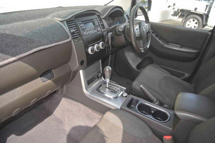 2012 Nissan Navara ST D40 Series 6 4X4 Black