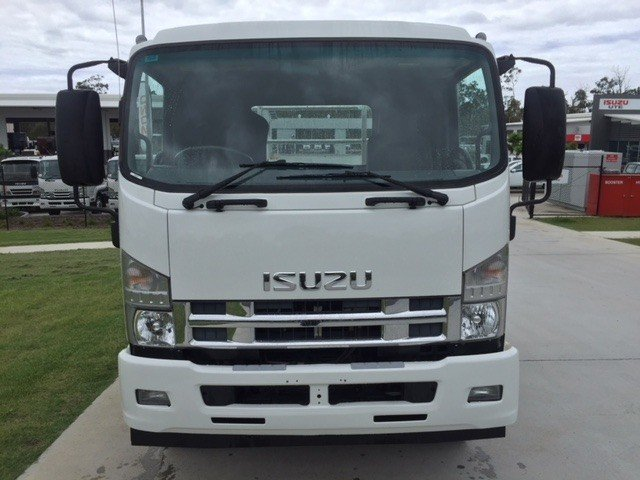2012 Isuzu FSR850 White