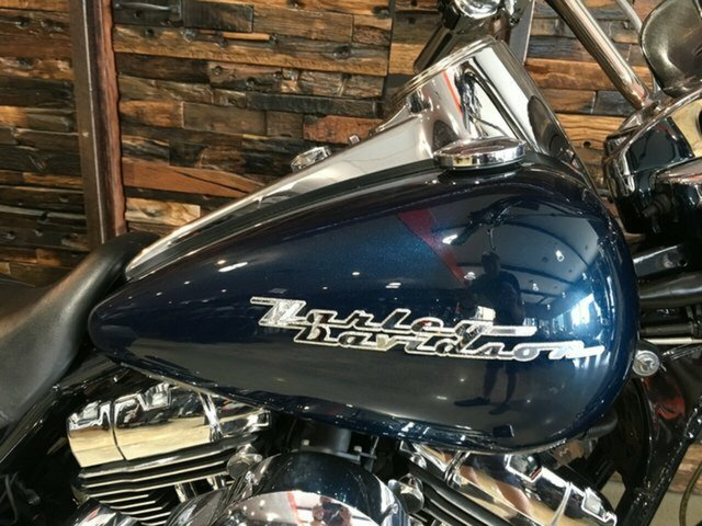 2004 Harley-Davidson FLHRSI ROAD KING CUSTOM Dark Blue Pearl