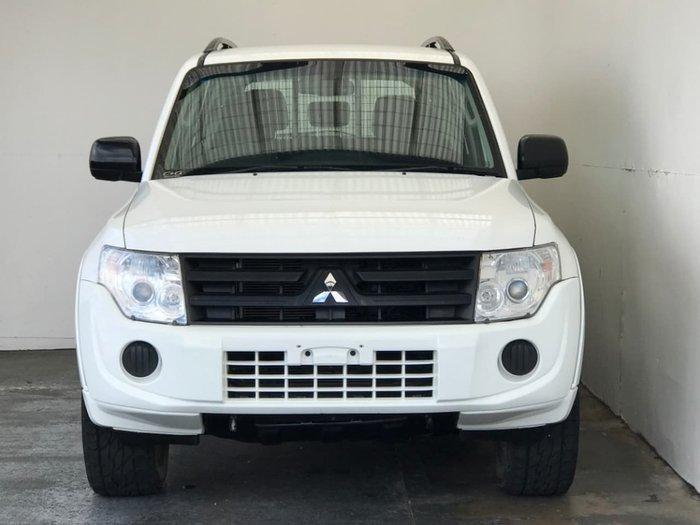 2014 Mitsubishi Pajero GLX NW MY14 4X4 Dual Range White