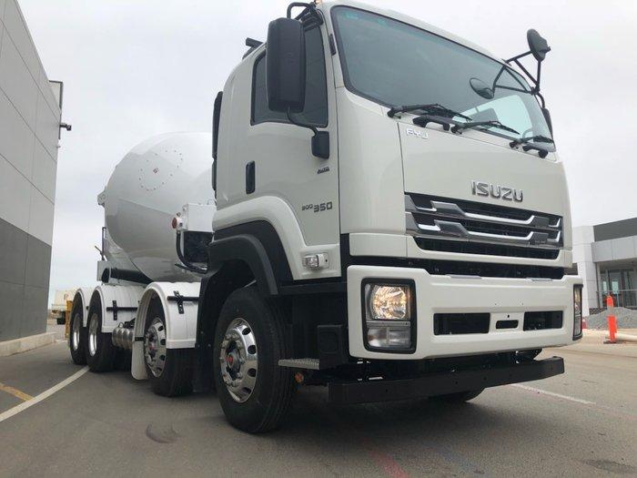 2018 Isuzu FYJ 300-350 RTG AUTO IMPORT MACHINERY AGI WHITE