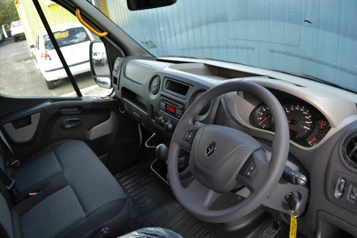 2018 Renault Master MID ROOF MEDIUM WHEE X62 WHITE MWB