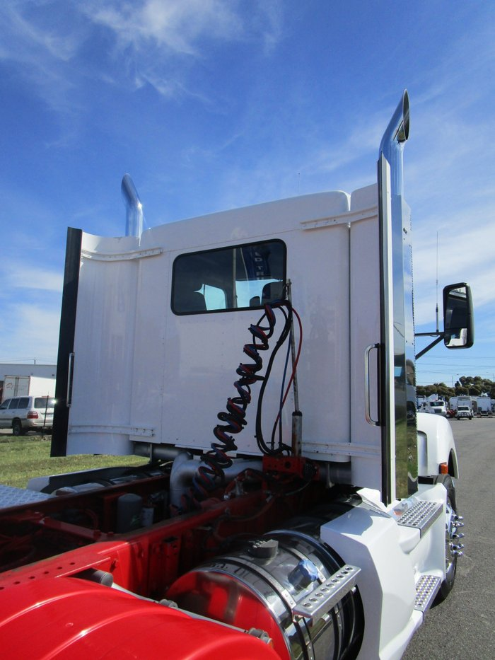 2014 Kenworth T403 WHITE