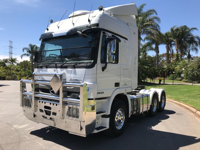 2015 Mercedes Benz 2655 Actros White