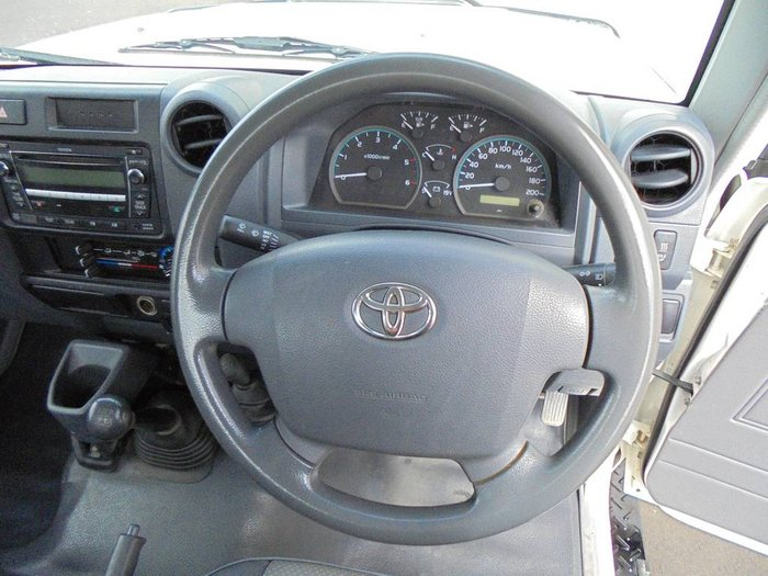 2009 Toyota LC Military