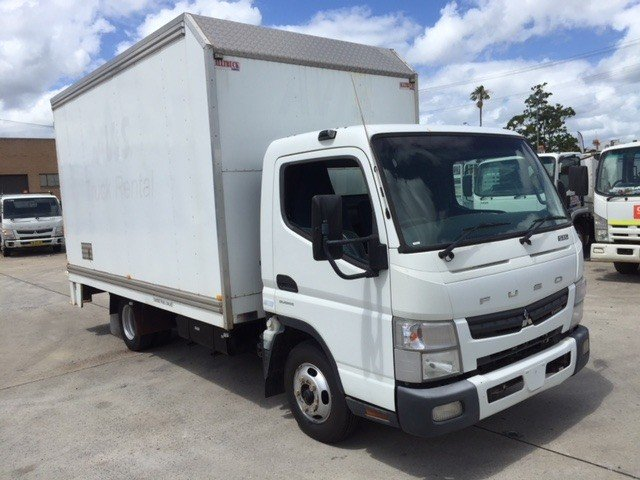 2011 Fuso Canter 515 Wide White
