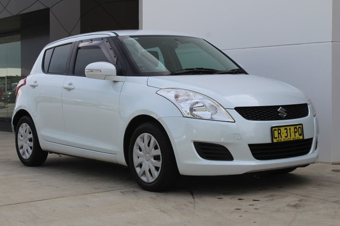 2011 Suzuki Swift GL FZ White