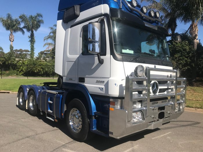 2016 Mercedes Benz 2655 Actros Prime mover Blue & white
