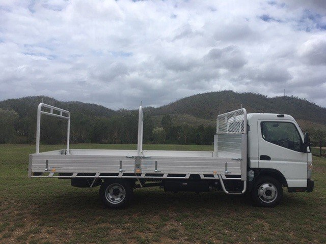2018 Fuso Canter 515 Wide FUSO CANTER WIDE CAB TRADIE