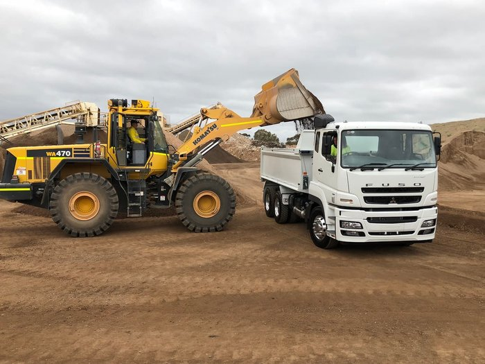 2018 FUSO 455HP HIGH GRADE HEAVY TIPPER AMT FV 6X4 CLICK