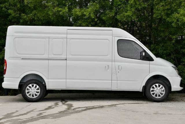 2018 LDV V80 MID ROOF LONG WHEELB MY17 BLANC WHITE