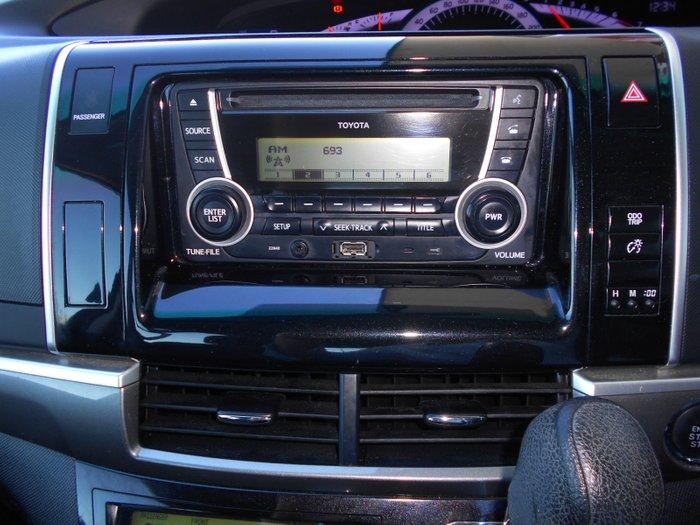 2015 Toyota Tarago GLi ACR50R SILVER