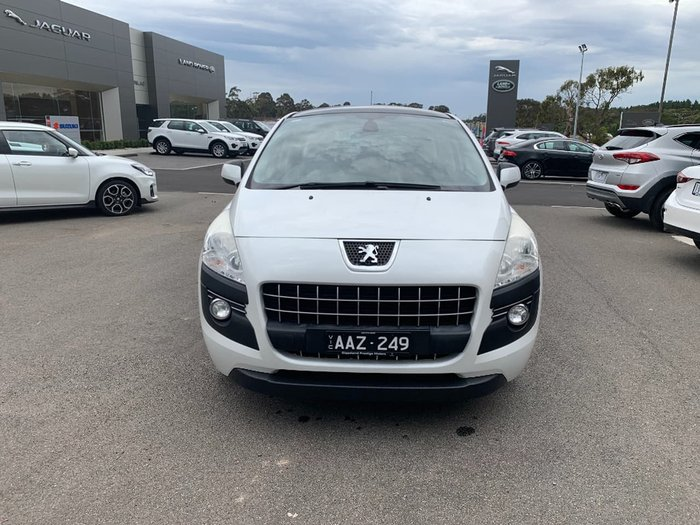 2012 Peugeot 3008 Active T8 MY12 White
