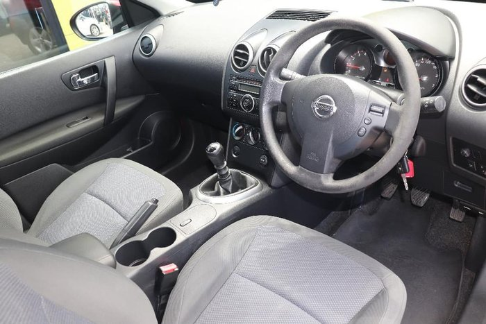2009 Nissan Dualis ST J10 MY09 Red