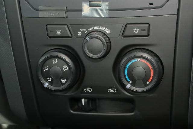 2018 Isuzu D-MAX SX High Ride MY18 WHITE SPLASH