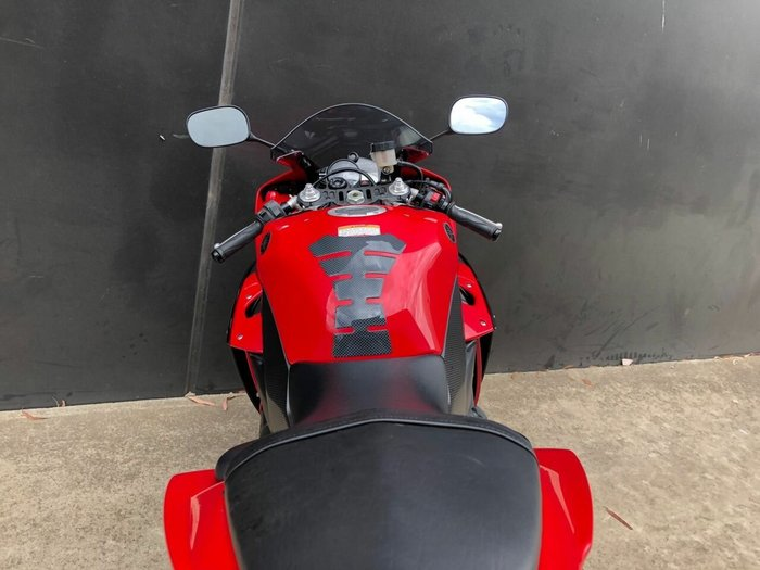 2013 Yamaha YZF-R1 Red