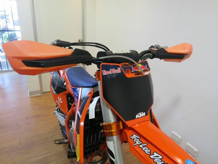 2016 KTM 250 SX-F FACTORY EDITION Orange