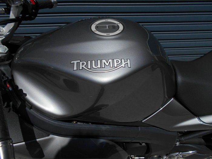 2009 Triumph SPRINT ST Black