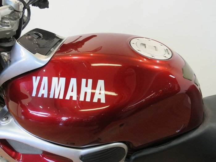 1999 Yamaha FZX250 (ZEAL) Red