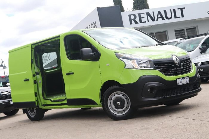 2017 Renault Trafic 103KW X82 Green