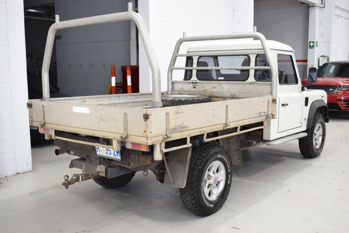 2003 Land Rover Defender 130 MY02 4X4 Constant White