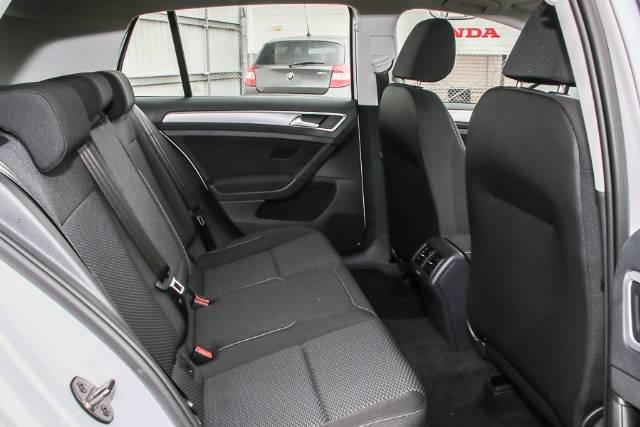 2019 Volkswagen Golf 110TSI Comfortline 7.5 MY19.5 PURE WHITE