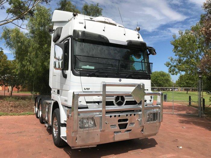 2015 Mercedes Benz 2655 Actros White