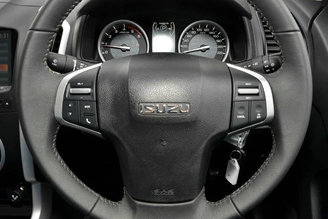 2018 Isuzu D-MAX LS-U MY18 4X4 Dual Range COSMIC BLACK