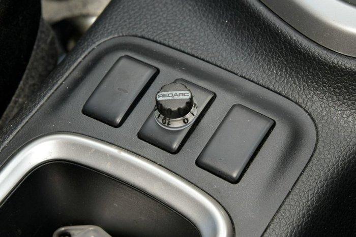 2018 Nissan Navara ST-X D23 Series 3 4X4 Dual Range BURNING RED