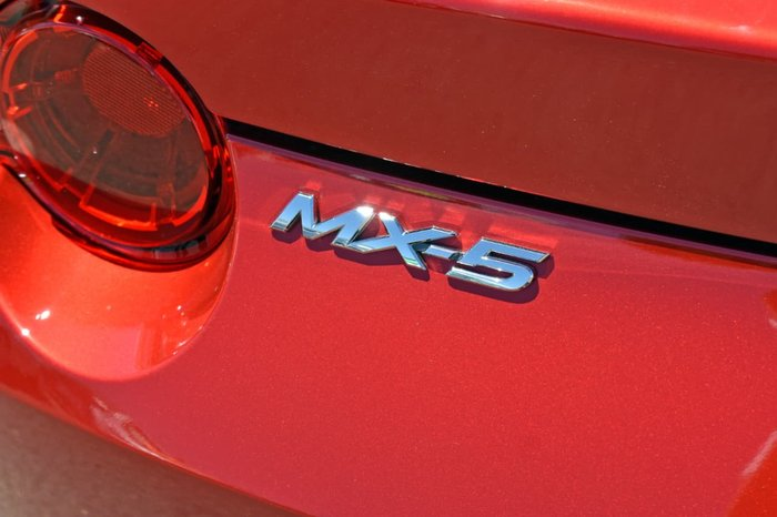 2016 Mazda MX-5 ND Red