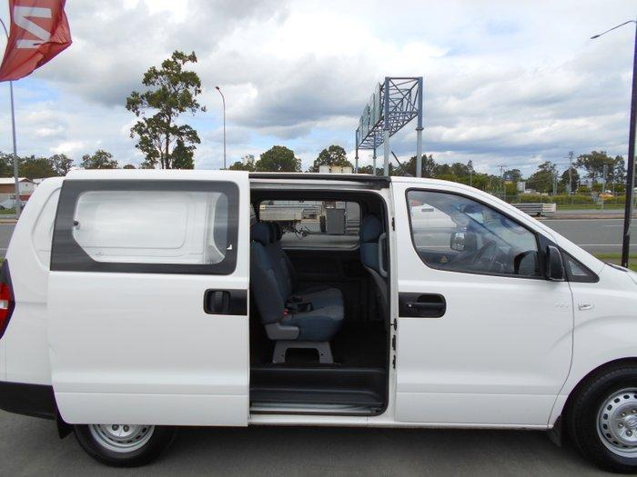2014 HYUNDAI ILOAD TQ2 CREW WHITE