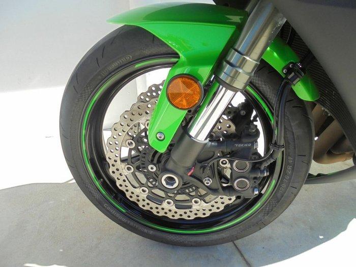 2011 Kawasaki ZX-10R (ZX1000 NINJA) Green