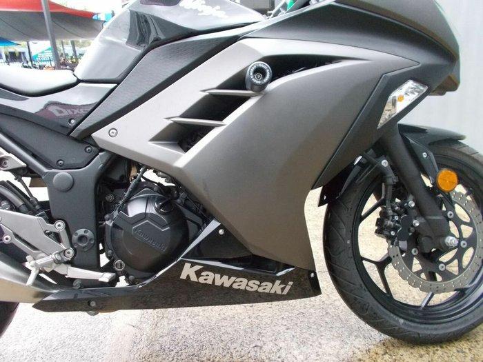 2015 Kawasaki NINJA 300 Black
